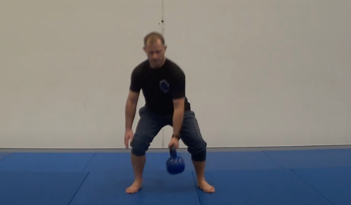 Killer 5 Minute Kettlebell Workout For Grapplers