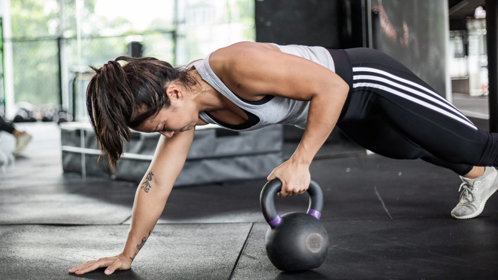 5 Ab Exercises You Can Do At Home While On Lockdown