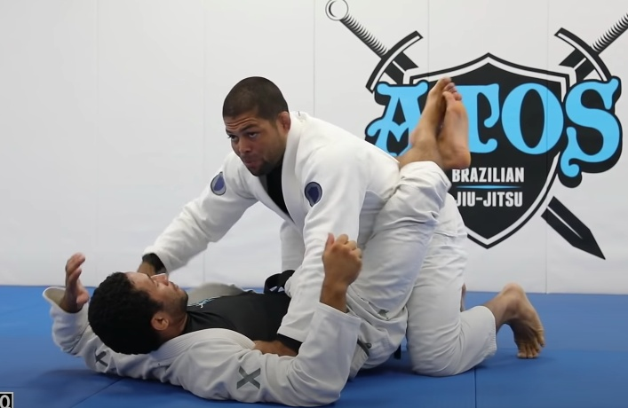 Andre Galvao Has an Easy Way to Open the Closed Guard