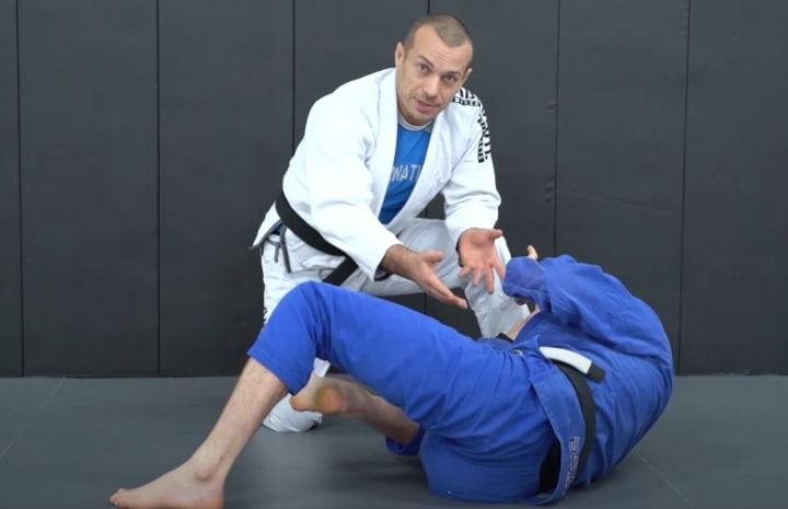 Why The Traditional Hip Escape is Bad for Your Guard Retention