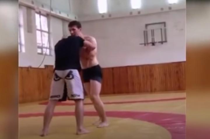 Khabib Nurmagomedov's Grappling Training with 40 lbs Heavier Opponent in Dagestan [video]