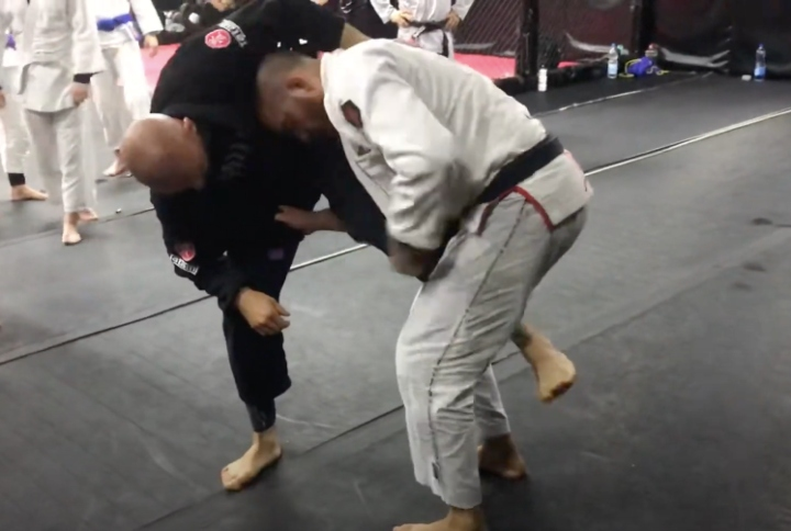 Score 9 Points in a BJJ Match with This Takedown Sequence