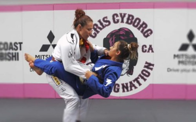 Cris Cyborg Shows How to Counter Someone Jumping To Closed Guard