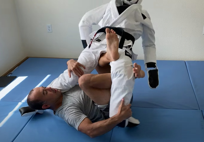 Marcelo Garcia Shows His Grappling Routine with his Grappling Dummy