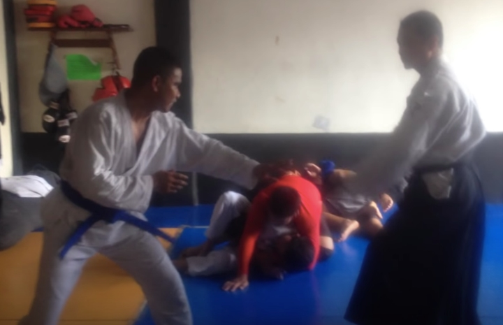 Aikido Master Claims To Dominate Resisting BJJ Blue Belt in Real Sparring