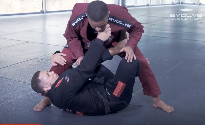 Build Yourself An Effective X-Guard Game with this Tutorial