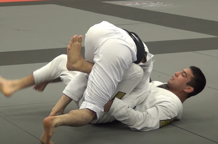 How Murilo Santana Puts Insane Pressure with his Over Under Pass