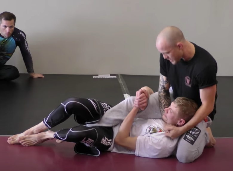 Jeff Glover Teaches a Choke That He Learned from a 7 Year Old Kid