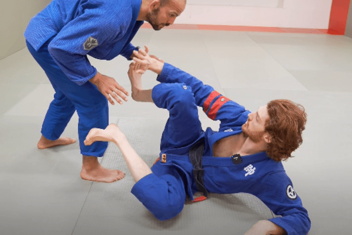 Guard Defense: Don't Miss This GRIP FIGHTING Part of Your Game